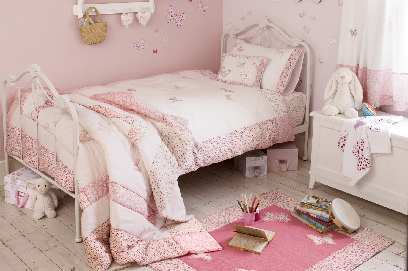 Laura Ashley Bedroom Furniture Laura Ashley
